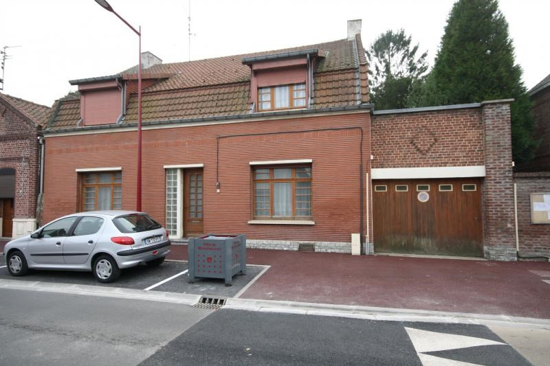 Sale house / villa Monchecourt 134 000€ - Picture 1