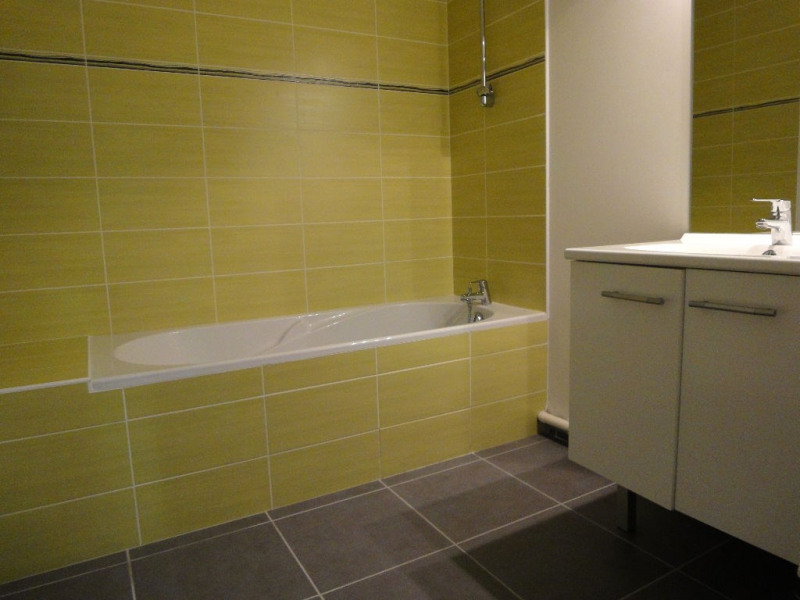 Rental apartment Brest 661€ CC - Picture 2