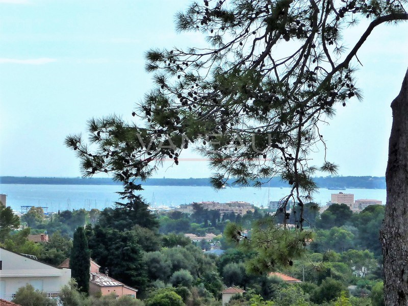 Vente de prestige appartement Antibes 667 800€ - Photo 1