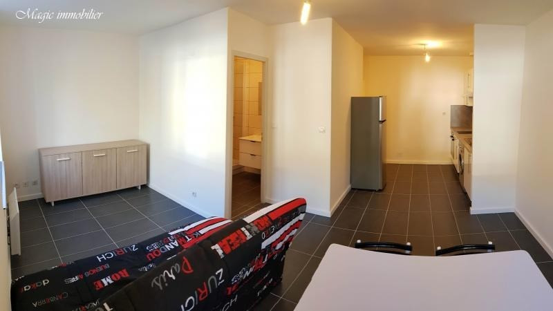 Location appartement Nantua 259€ CC - Photo 4