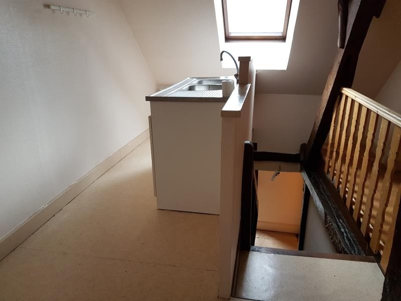 Location appartement Aubigny sur nere 364€ CC - Photo 2