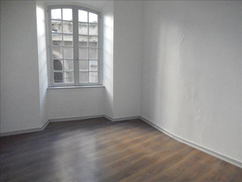 Rental apartment Le puy en velay 326,79€ CC - Picture 6