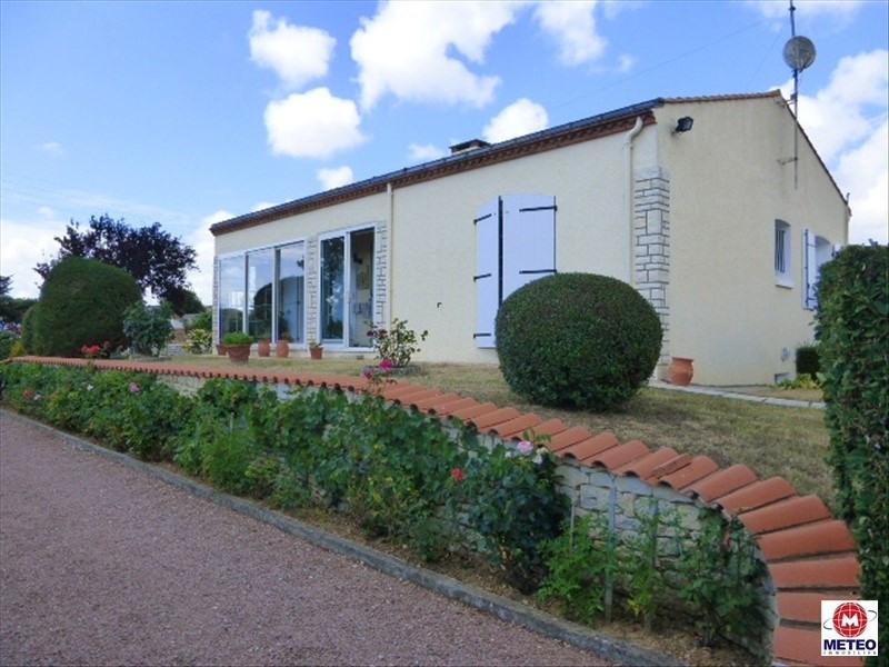 Sale house / villa Angles 188000€ - Picture 1