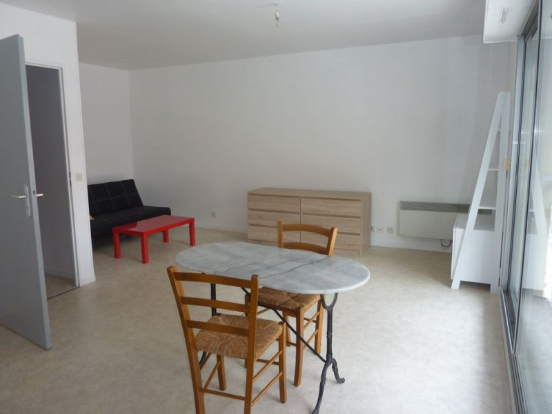 Sale apartment Lisieux 63 000€ - Picture 1