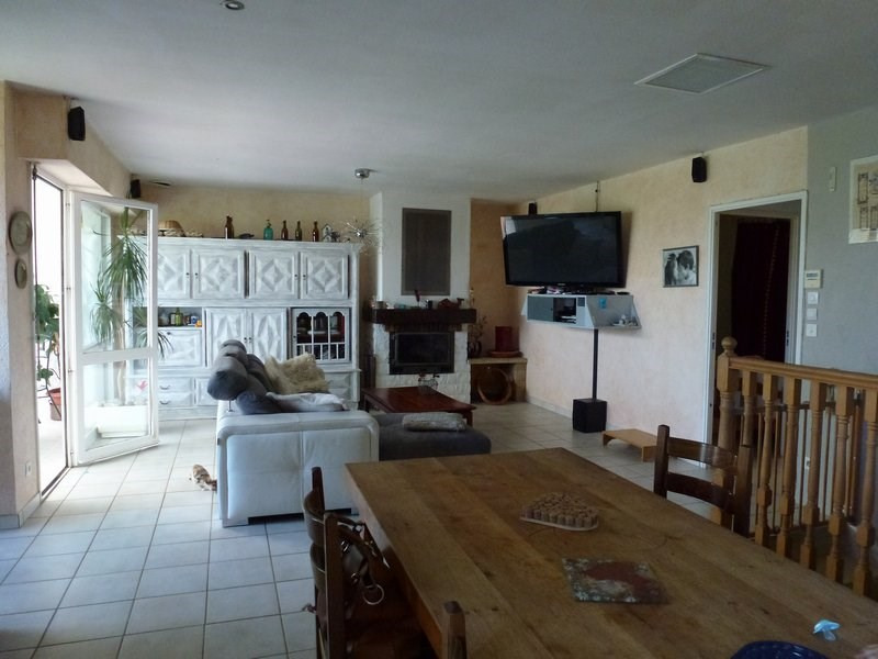 Sale house / villa Chateauneuf de galaure 184000€ - Picture 2
