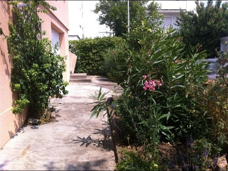 Vacation rental house / villa Royan 1 170€ - Picture 17