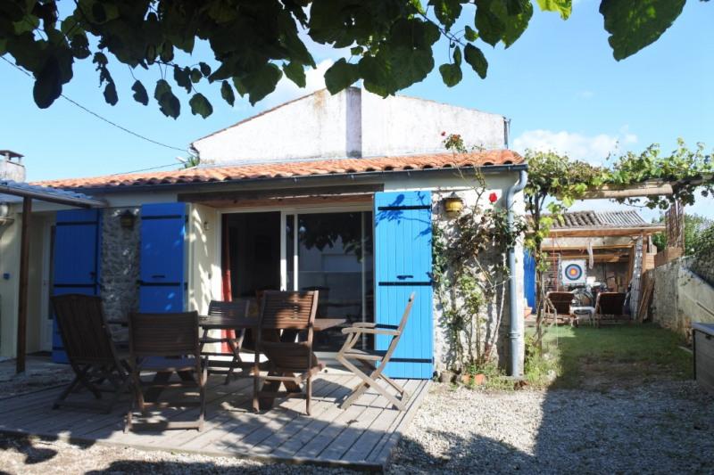 Sale house / villa Saint just luzac 186170€ - Picture 2