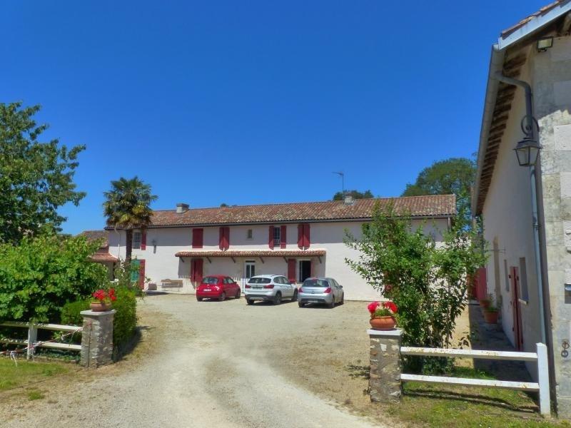 Sale house / villa Savigny levescault 493500€ - Picture 2