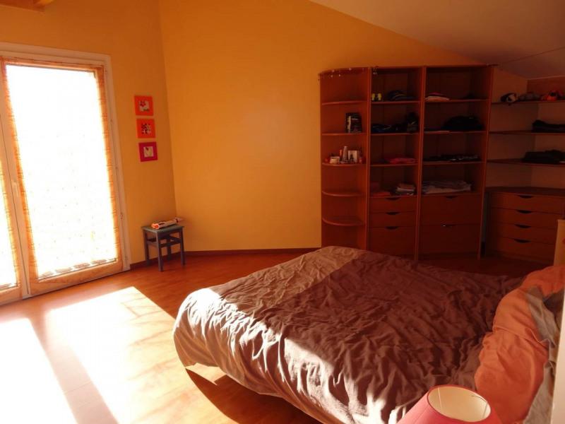Deluxe sale house / villa Amancy 585000€ - Picture 10