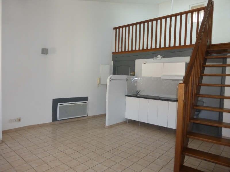 Rental apartment St maximin la ste baume 470€ CC - Picture 2