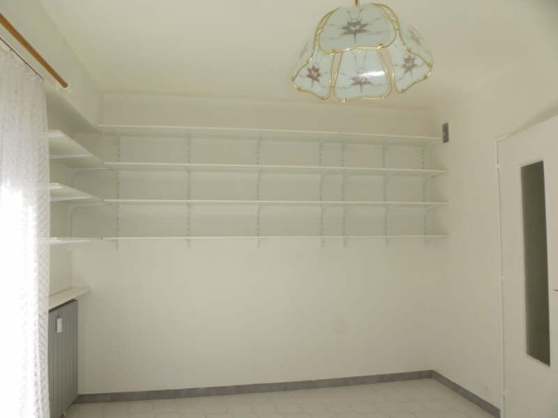 Rental apartment Nimes 403€ CC - Picture 3
