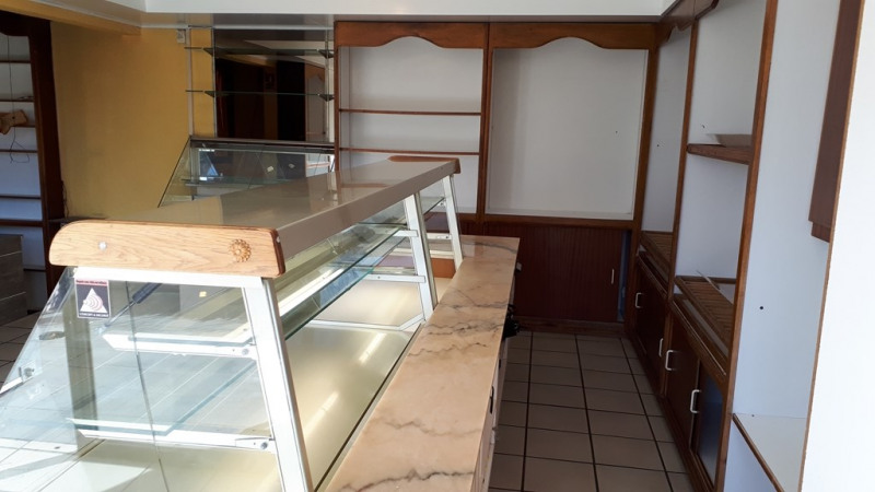 Rental empty room/storage Ambilly 1 460€ CC - Picture 4
