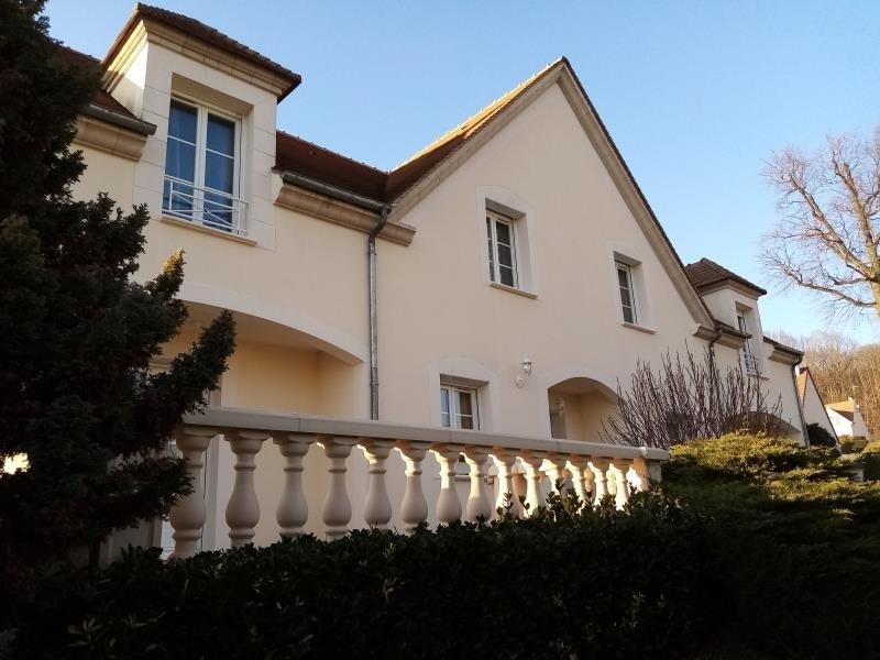 Sale house / villa Forges les bains 680000€ - Picture 2
