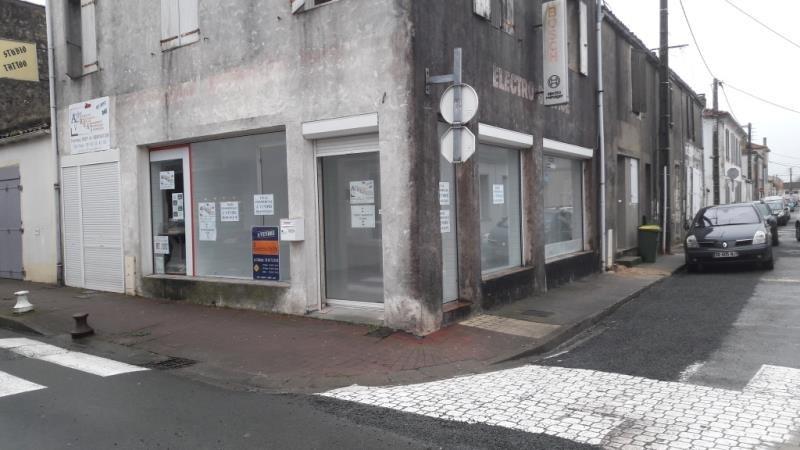 Vente local commercial Le chateau d'oleron 137200€ - Photo 5