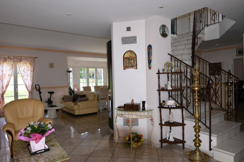 Sale house / villa Bornel 467 000€ - Picture 5