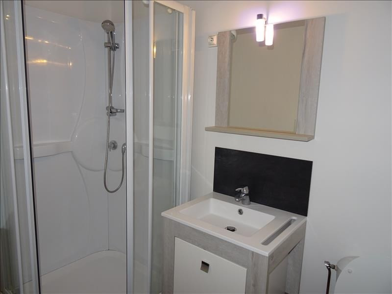 Rental apartment Riorges 280€ CC - Picture 2