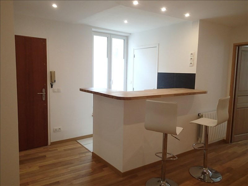 Rental apartment St germain en laye 690€ CC - Picture 1