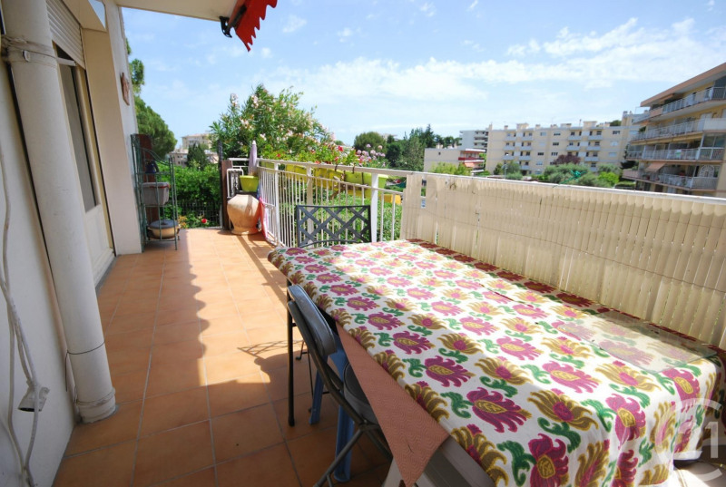 Vente appartement Antibes 240 000€ - Photo 2
