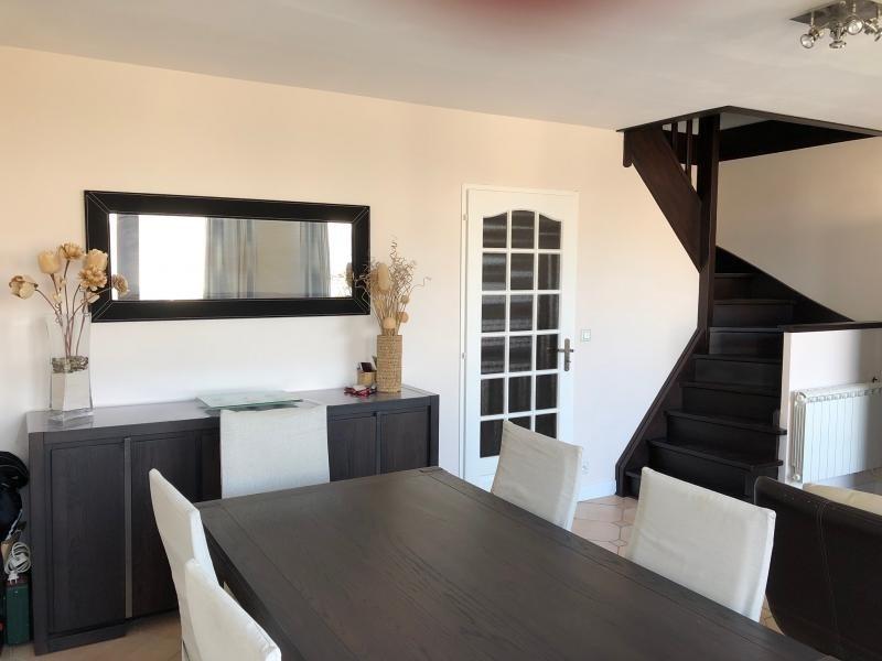 Sale apartment Voisins le bretonneux 283500€ - Picture 1