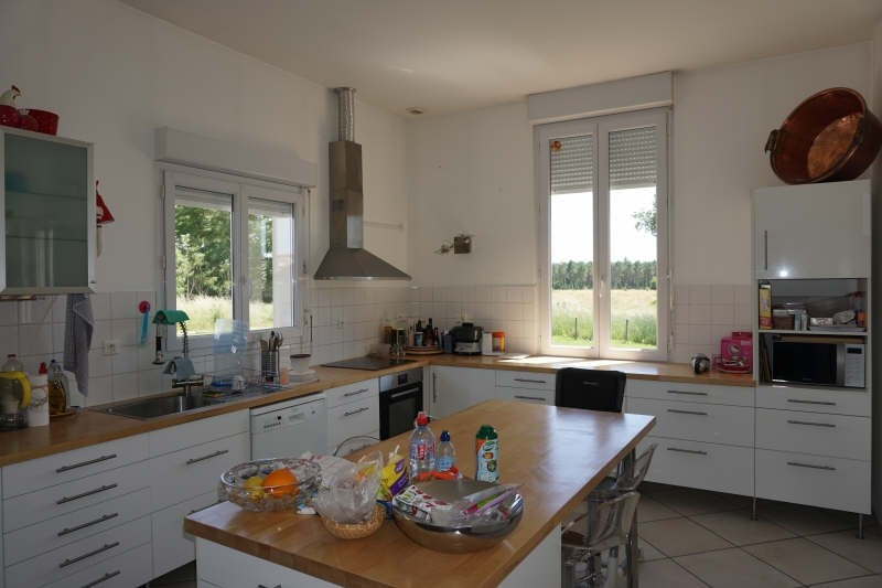 Vente maison / villa Blaye 222 000€ - Photo 3