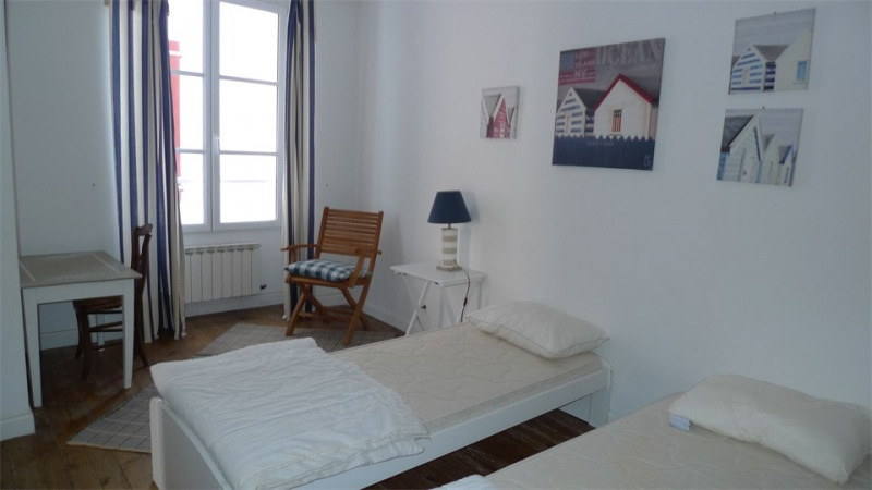 Vacation rental apartment Saint-jean-de-luz 890€ - Picture 4
