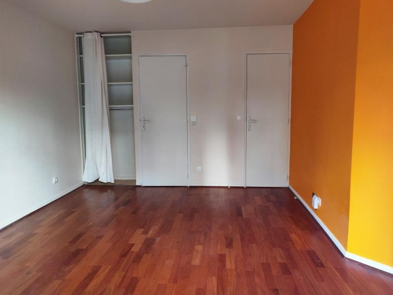 Rental apartment Clamart 880€ CC - Picture 3