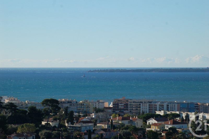 Deluxe sale apartment Antibes 648 000€ - Picture 1