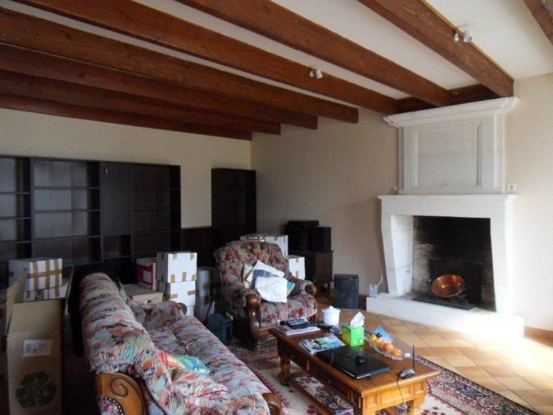 Rental house / villa Verrieres 723€ CC - Picture 2