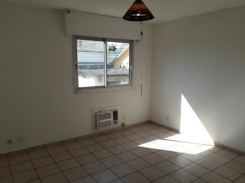 Location appartement St denis 508€ CC - Photo 2