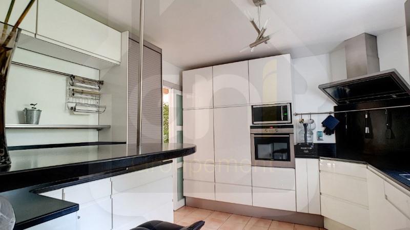 Sale house / villa Vitrolles 499000€ - Picture 4