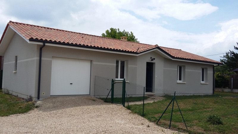 Location maison / villa Martillac 1 019€ CC - Photo 1
