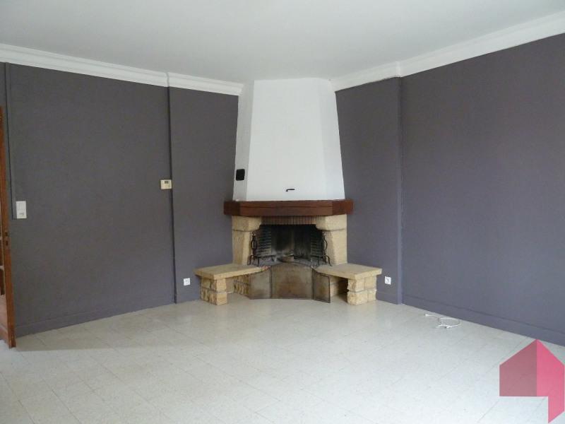 Location appartement Bourg saint bernard 760€ CC - Photo 1