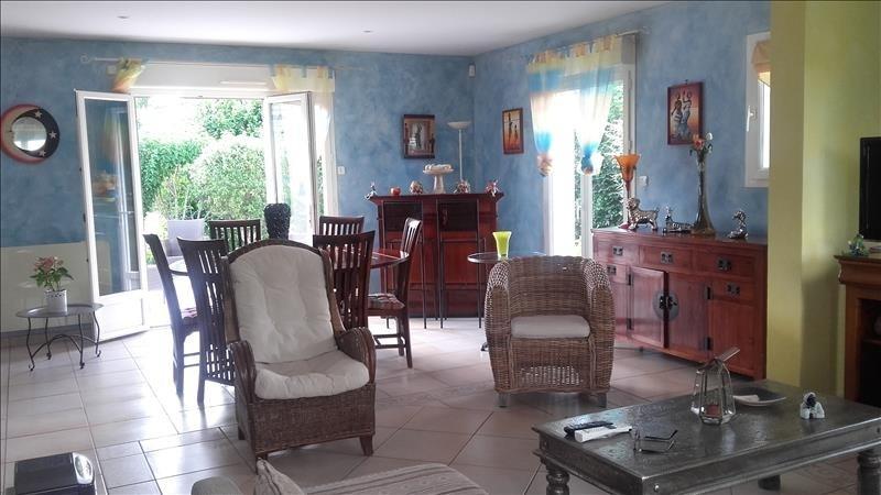 Sale house / villa La riche 399000€ - Picture 6
