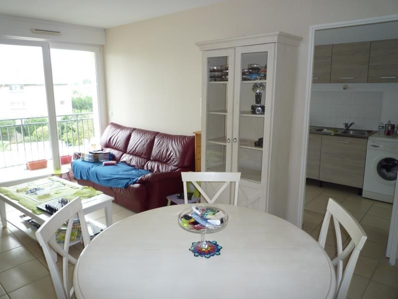 Sale apartment Ouistreham 212 000€ - Picture 2