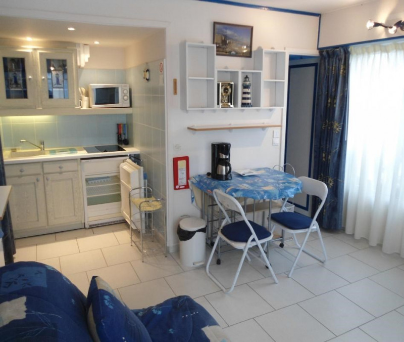 Verkoop  appartement Deauville 122500€ - Foto 2