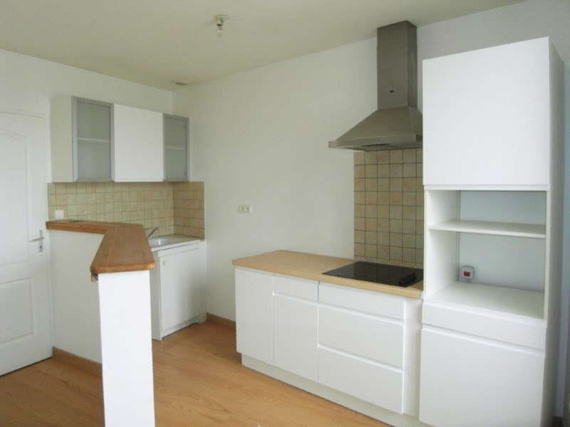 Location appartement Cognac 596€ CC - Photo 2