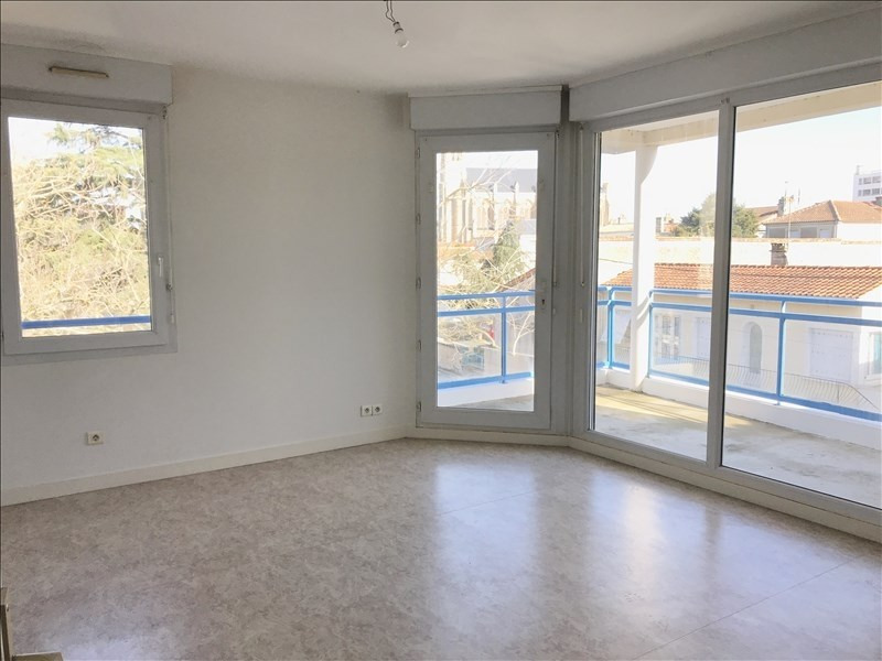 Location appartement Niort 550€ CC - Photo 2