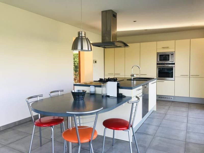 Sale house / villa Arsac 390000€ - Picture 2