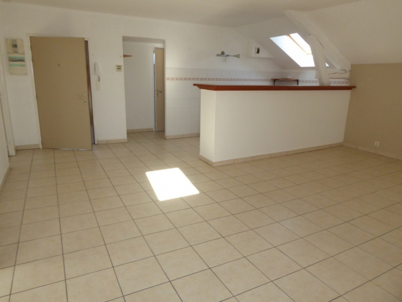 Location appartement Aubenas 473€ CC - Photo 2