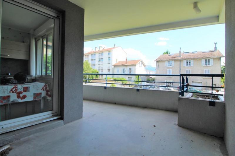 Verhuren  appartement Voiron 595€ CC - Foto 5