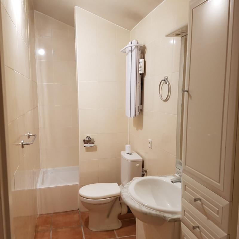 Location appartement Aix-en-provence 840€ CC - Photo 4