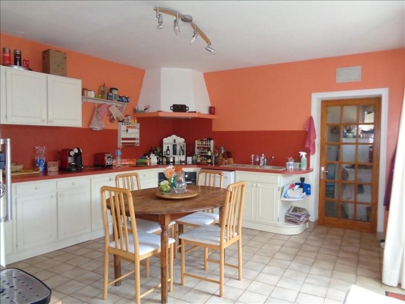 Sale house / villa Prahecq 218900€ - Picture 2