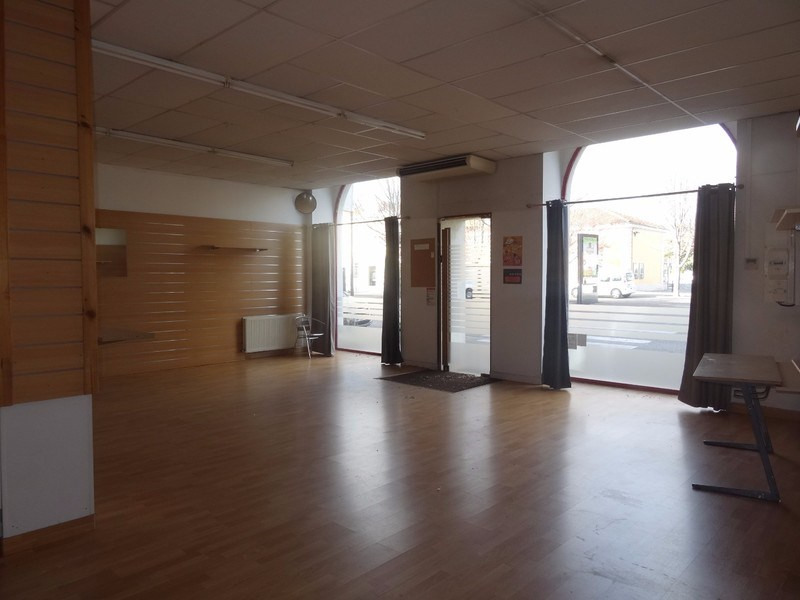 Vente fonds de commerce boutique Romans-sur-isère 98000€ - Photo 2
