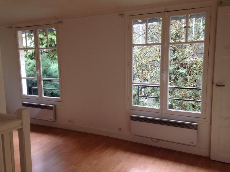 Location appartement Paris 14ème 800€ CC - Photo 1