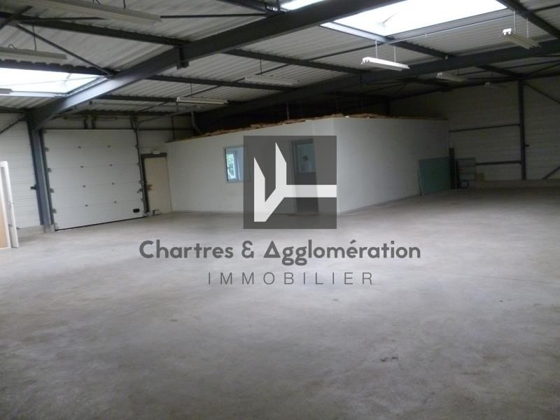 Location local commercial Chartres 1800€ HT/HC - Photo 2