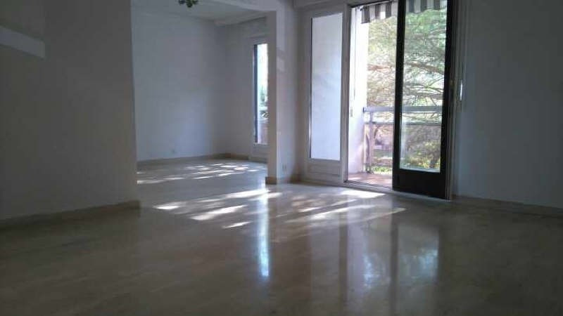 Sale apartment Toulon 207500€ - Picture 2