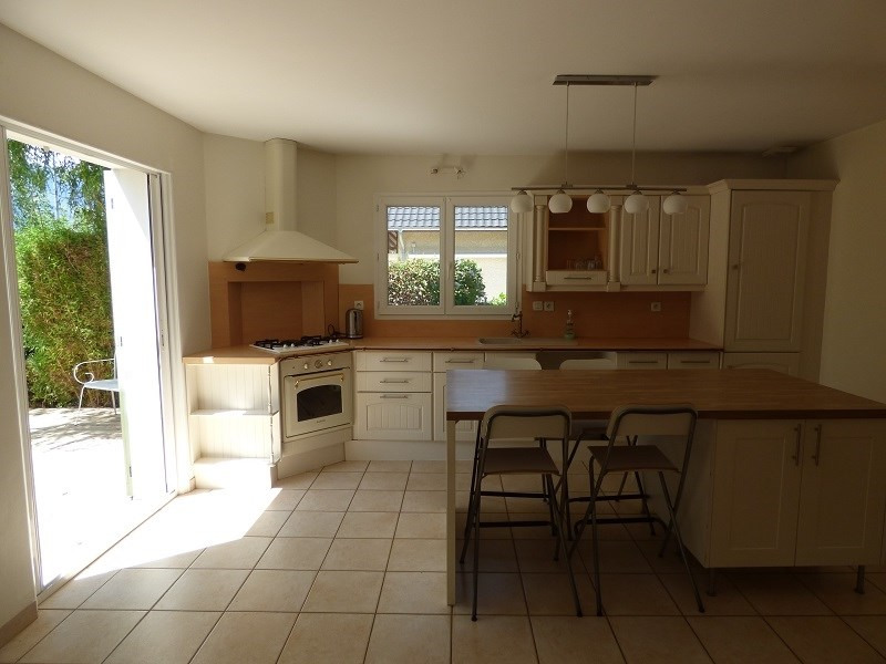 Rental house / villa Chambery 1 390€ CC - Picture 7