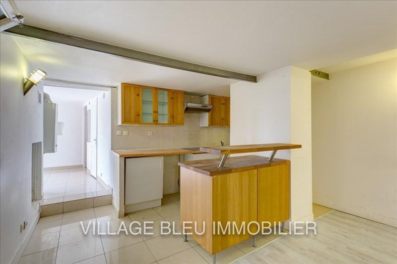 Rental apartment Courbevoie 950€ CC - Picture 1