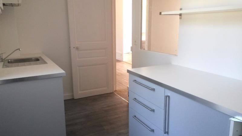 Rental apartment Vienne 908€ CC - Picture 3
