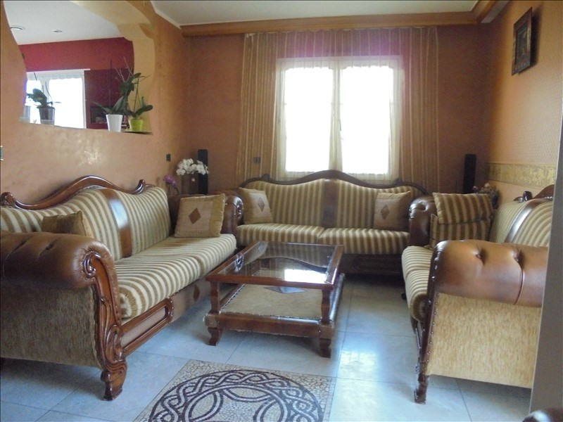 Sale apartment Marnaz 272 000€ - Picture 3